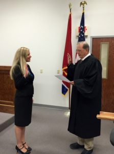 Lindsey Williams swear in 1
